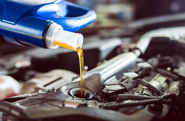 Cambiar el aceite: ¿Cada cuántos kilómetros?